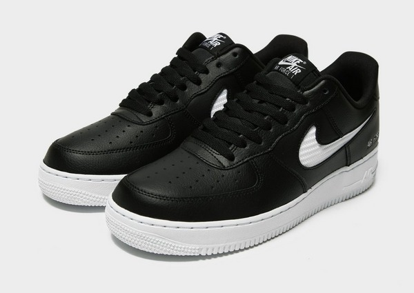Acquista Nike Air Force 1 Low Mesh in Nero