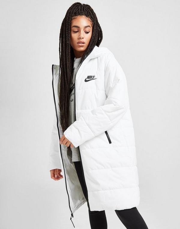 Shoppa Nike Core Swoosh Jacka Dam i en Vit färg