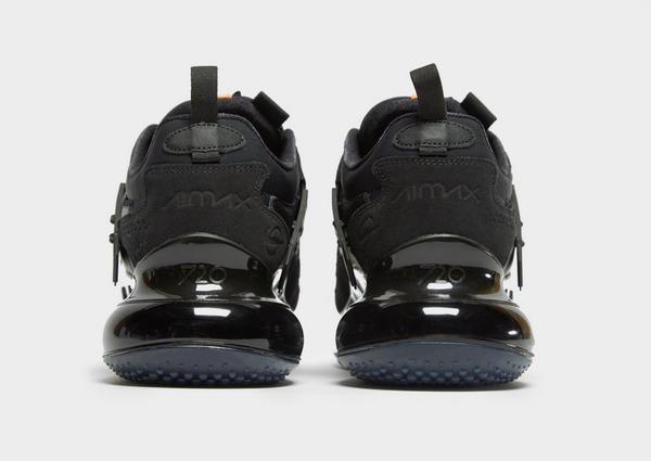 Shoppa Nike Air Max 720 Herr i en Svart färg | JD Sports Sverige