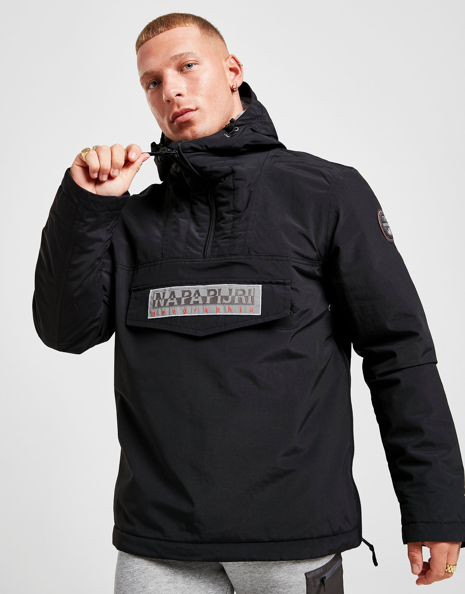 Shoppa Napapijri Rainforest Lightweight Jacka Herr i en