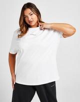 McKenzie Essential Boyfriend Plus Size T-Shirt