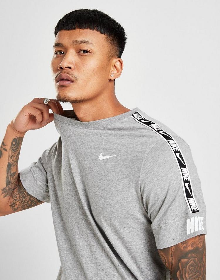 Nike Sportswear Repeat T-Shirt
