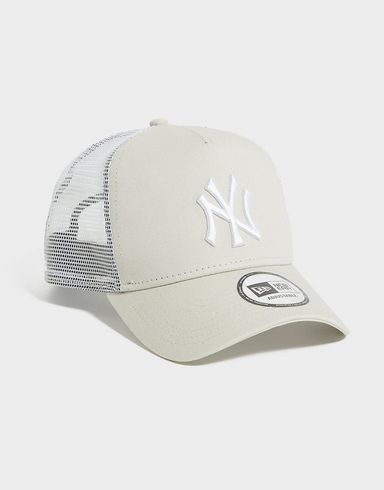 New Era MLB 9FORTY New York Yankees Trucker Cap
