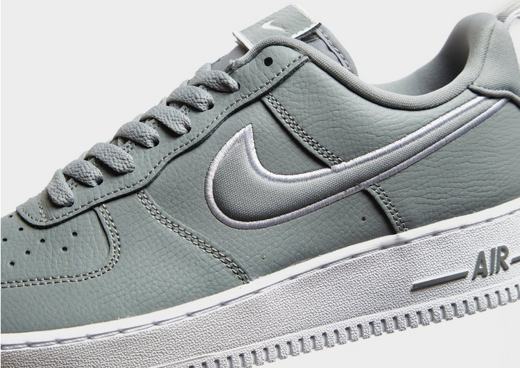 Nike Chaussure Nike Air Force 1 pour Homme