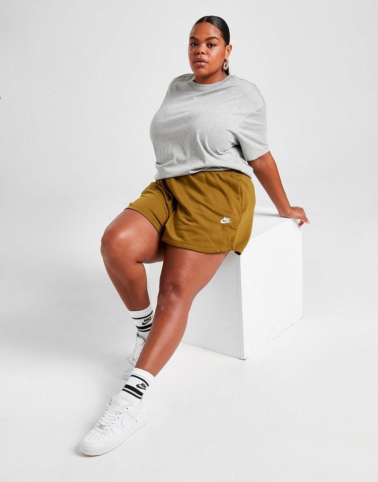 Nike Essential Plus Size Shorts