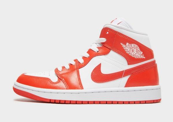 Jordan รองเท้าผู้หญิง Air 1 Mid