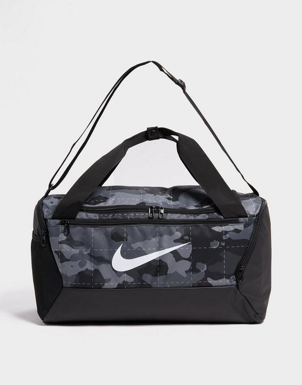 Nike Sac de sport de training camouflage Nike Brasilia (petite taille)