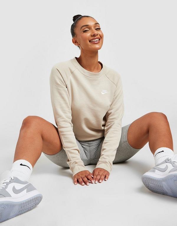 Nike Essential Crew Sweatshirt