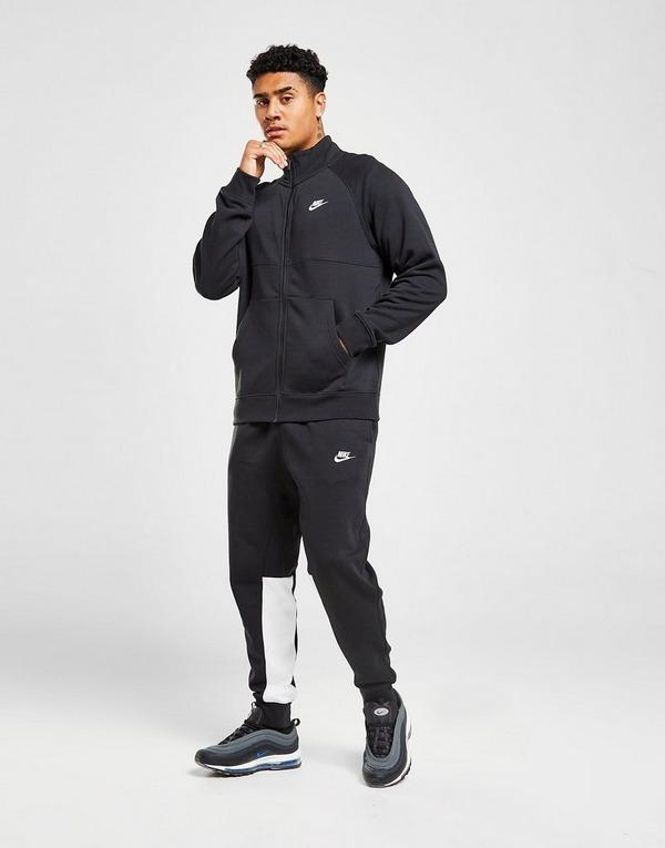 Nike Chariot Fleece Joggers