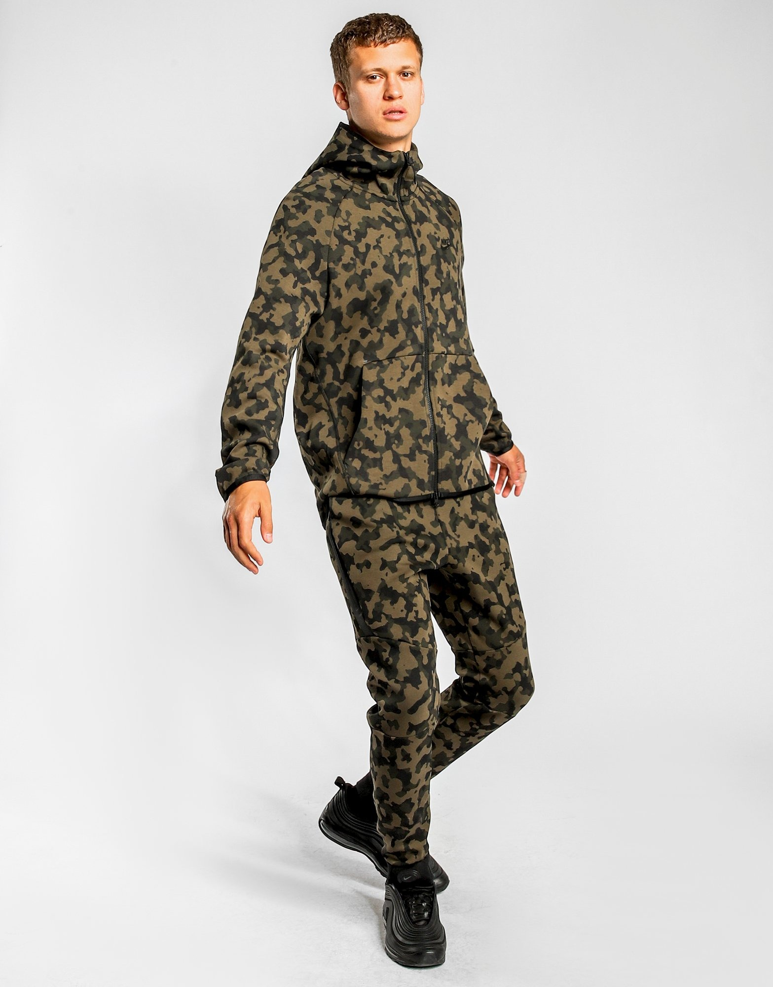 Men's Track Pants Clothing Nike Tech Fleece Camouflage