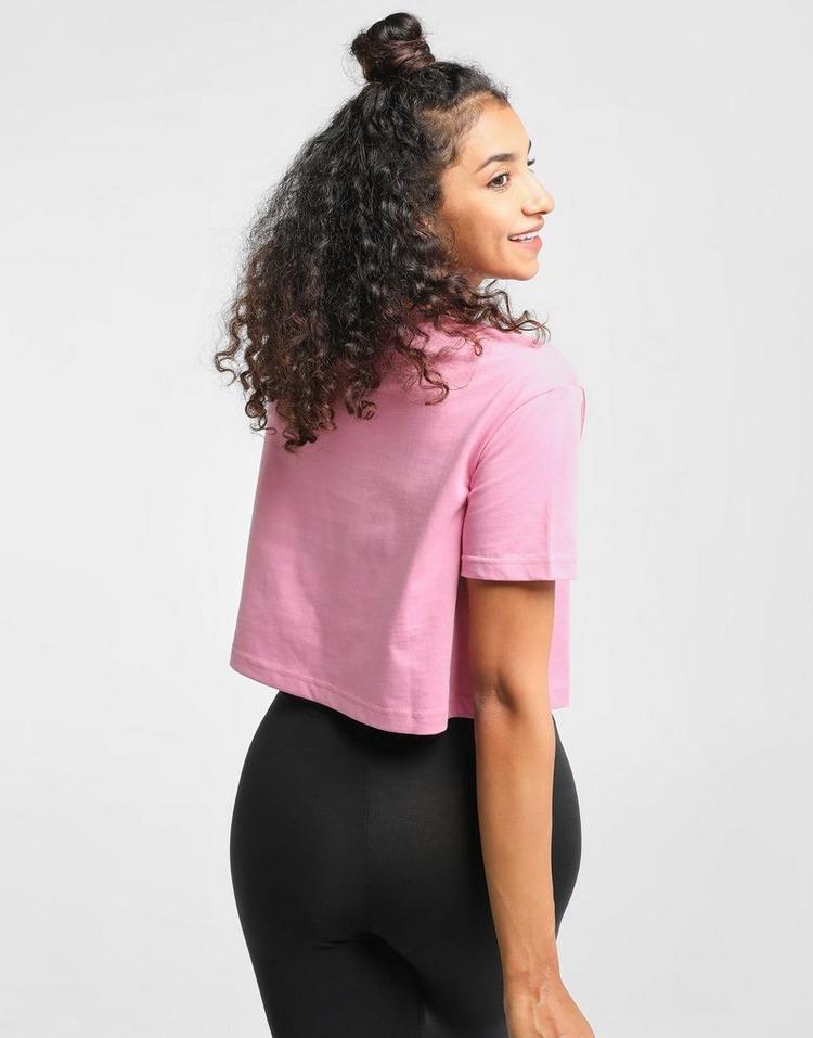Nike เสื้อยืดผู้หญิง NIKE Swoosh T-shirt