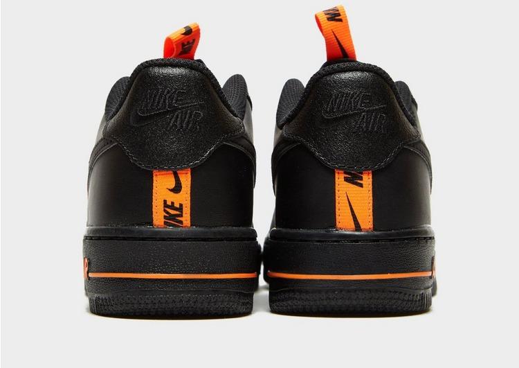 Nike รองเท้าเด็กโต Air Force 1 '07 LV8