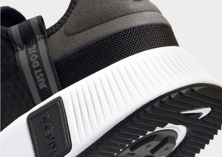 Nike Reposto