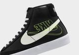 Nike รองเท้าผ้าใบ  BLAZER MID 77