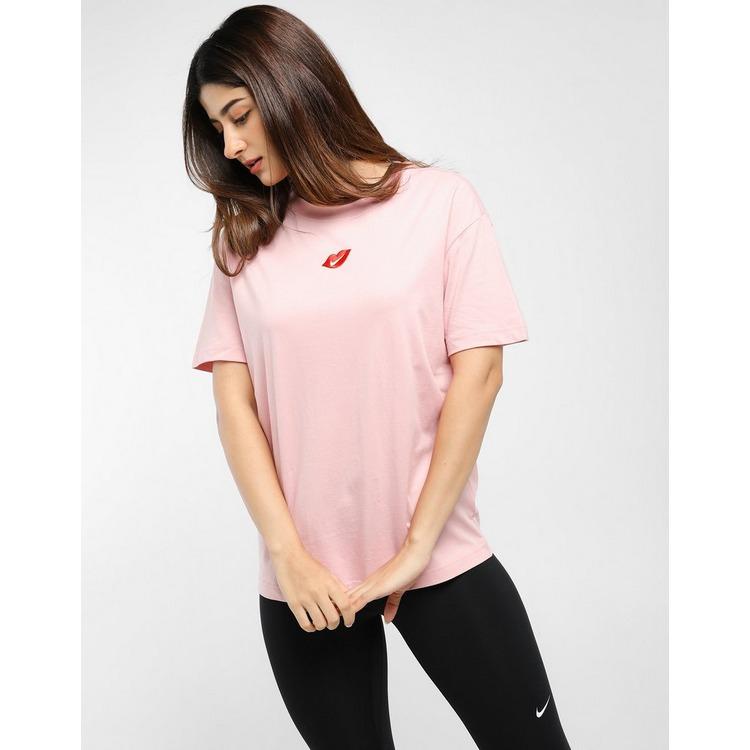 Nike เสื้อแขนสั้น Boy Love