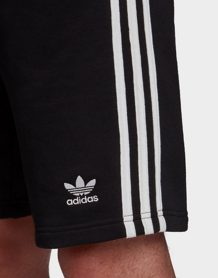 adidas Originals กางเกงผู้ชายขาสั้น 3-Stripes Fleece