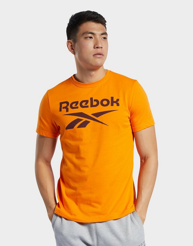 Reebok graphic series reebok stacked tee