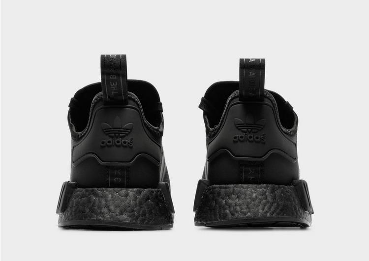 adidas Originals รองเท้าผู้ชาย NMD R1