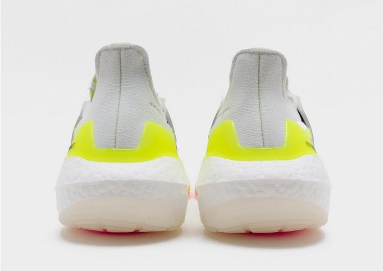 adidas รองเท้าผู้ชาย Ultraboost 21 Shoes
