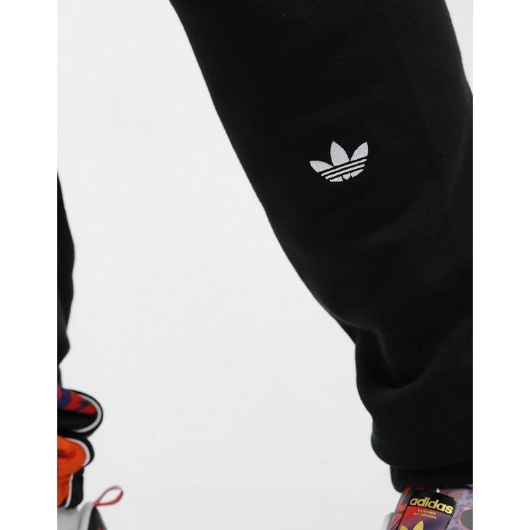 adidas Originals กางเกงขายาว Chinese New Year