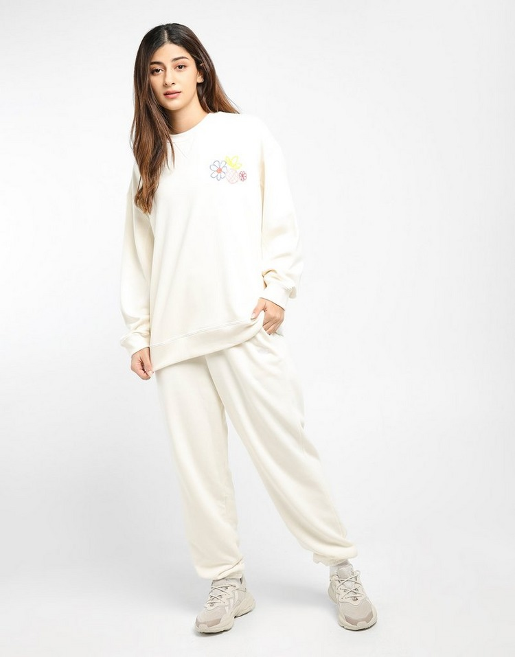 adidas Originals เสื้อผู้หญิง STAN SMITH SWEATSHIRT OFF WHT