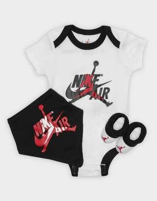 new styles 1ef7c 6fa04 JORDAN 3-Piece Air Set Infant | JD Sports
