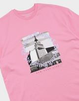 Supply & Demand เสื้อยืดผู้หญิง NYC GOTHIC BF T COTTON CANDY