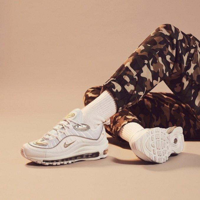 Nike Air Max 98 белые