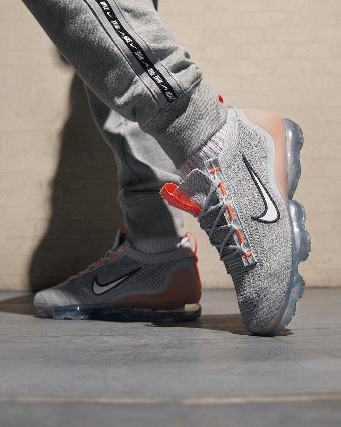 Nike Air Vapormax 2021 on feet