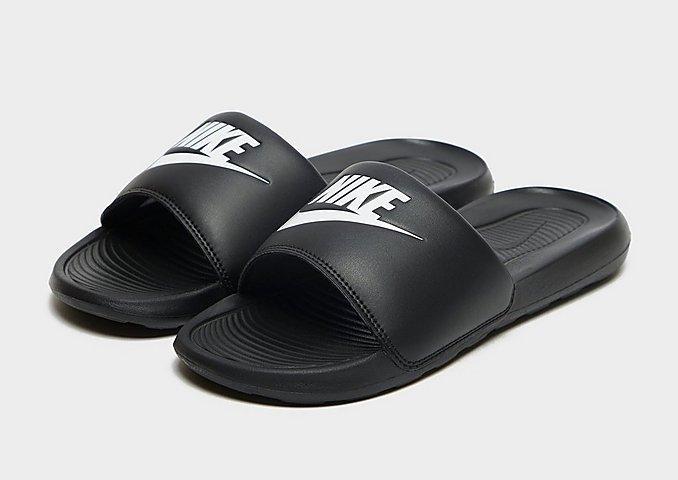 Ciabattes Nike Victori One nere
