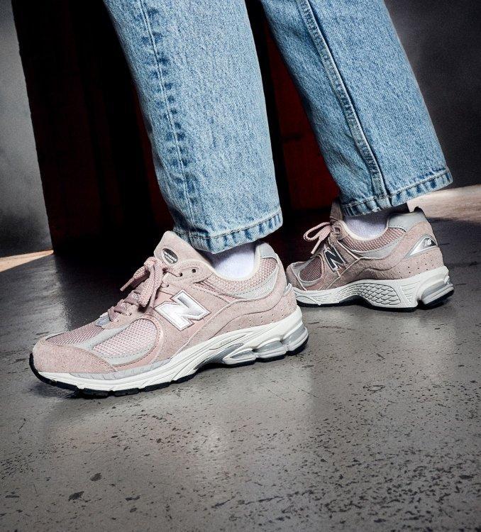 New Balance 2002R Women's Pink on feet