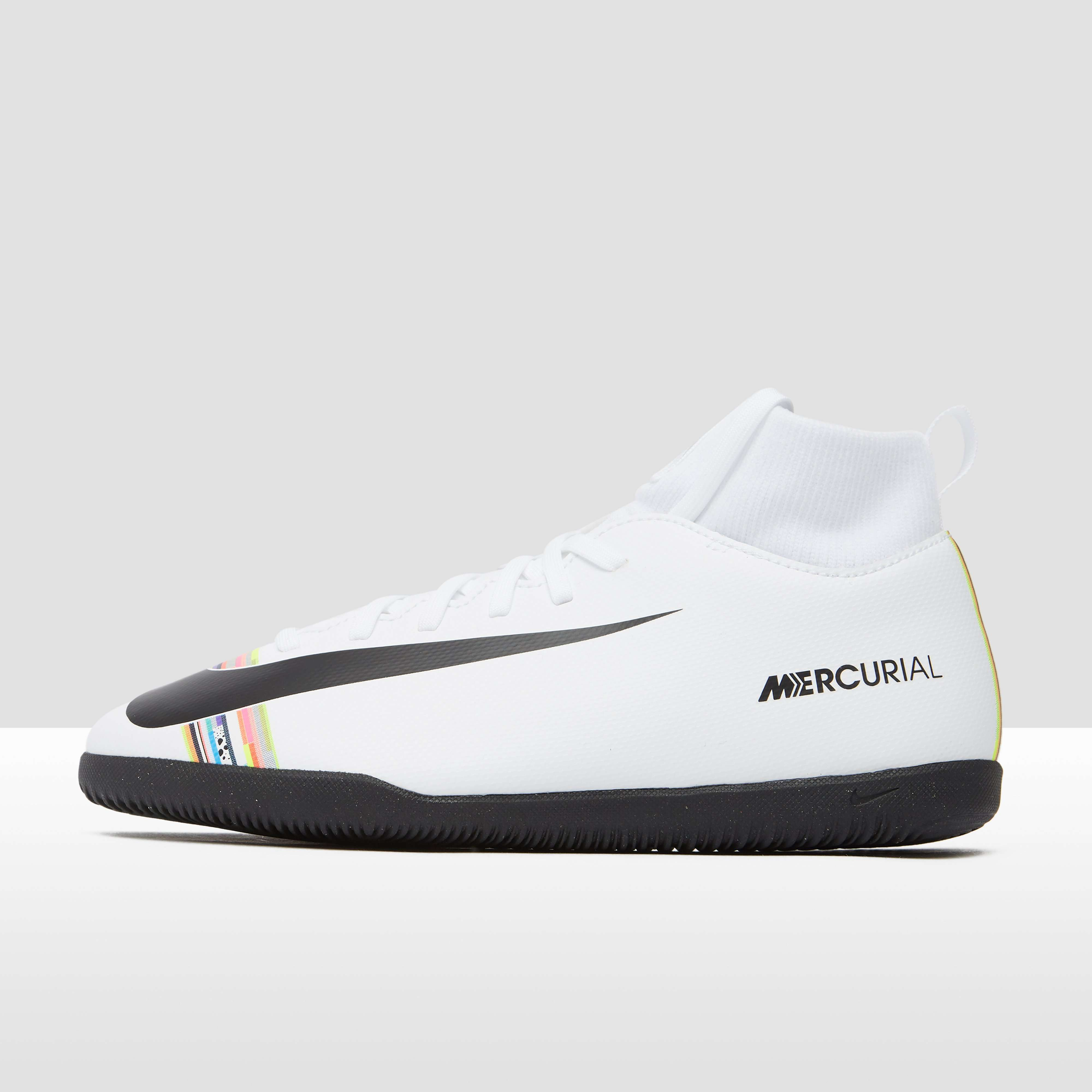 NIKE MERCURIAL SUPERFLYX 6 CLUB DF IC VOETBALSCHOENEN WIT KINDEREN