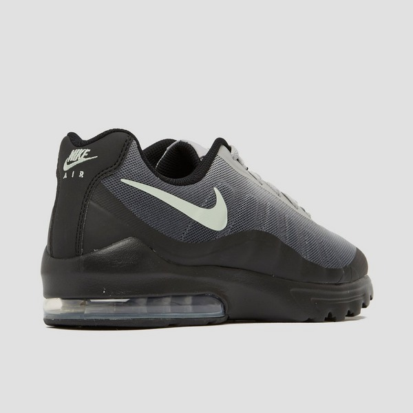 nike air max invigor grijs