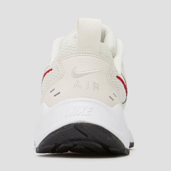 rood sole sneakers