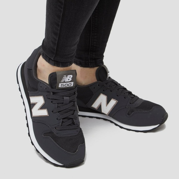 NEW BALANCE GW500 SNEAKERS ZWART/WIT DAMES