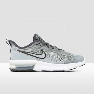 NIKE AIR MAX SEQUENT4 SNEAKERS GRIJS KINDEREN | Perrysport