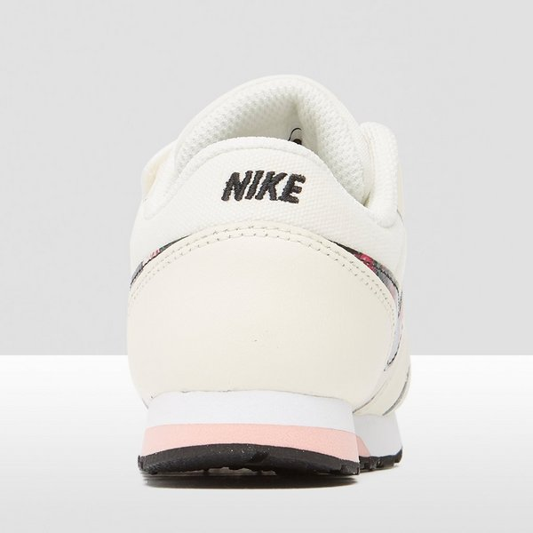 NIKE MD RUNNER 2 SNEAKERS WIT/ROZE BABY