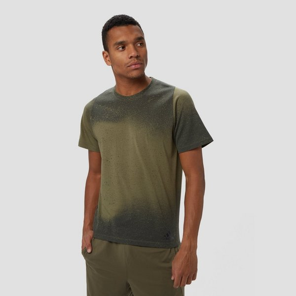 ADIDAS FREELIFT SPORT SPRAY GRAPHIC SPORTSHIRT GROEN HEREN
