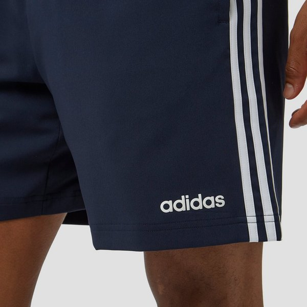 ADIDAS ESSENTIALS 3-STRIPES CHELSEA KORTE BROEK BLAUW HEREN