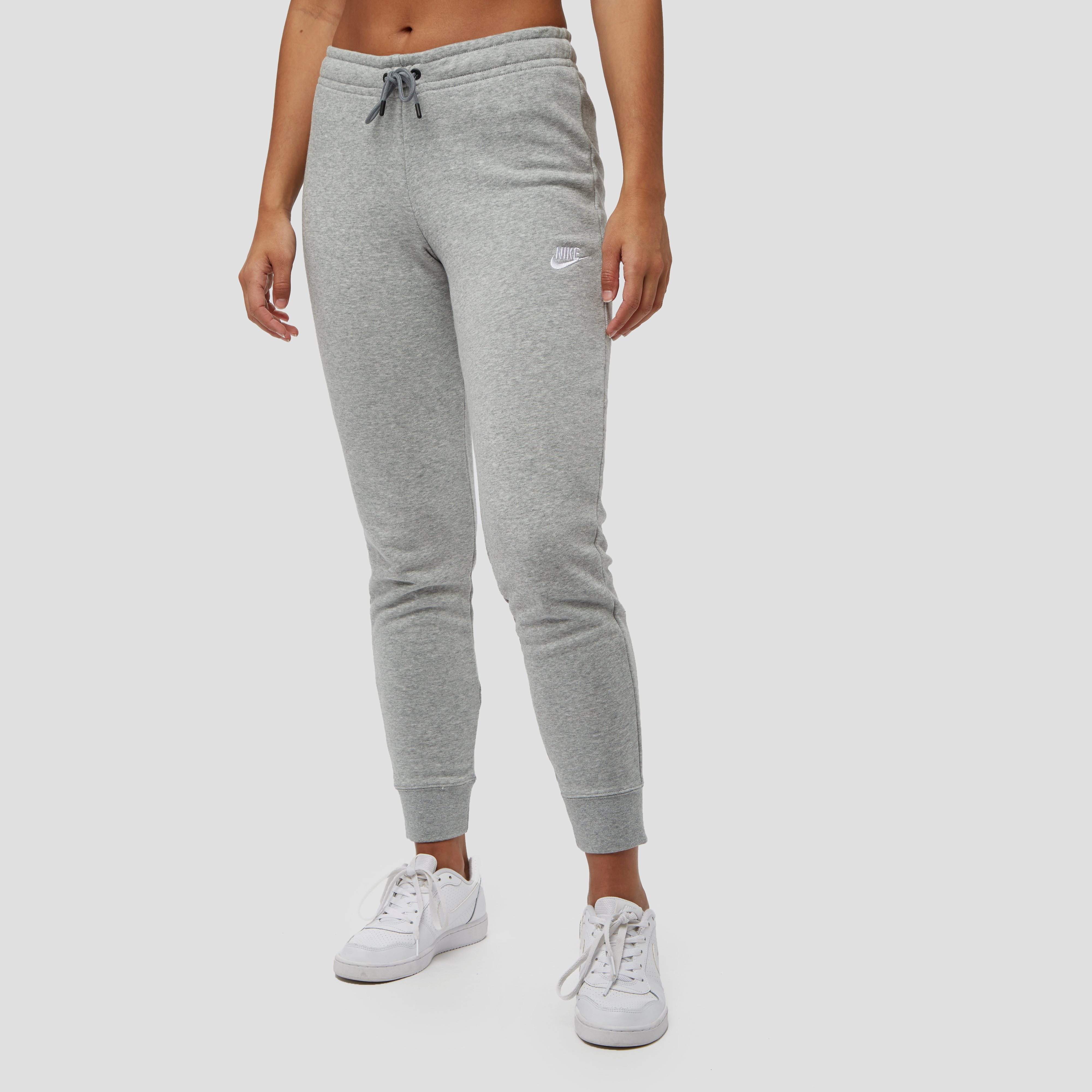 NIKE SPORTSWEAR ESSENTIALS JOGGINGBROEK GRIJS DAMES | Perrysport