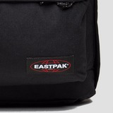 EASTPAK OUT OF OFFICE RUGZAK ZWART