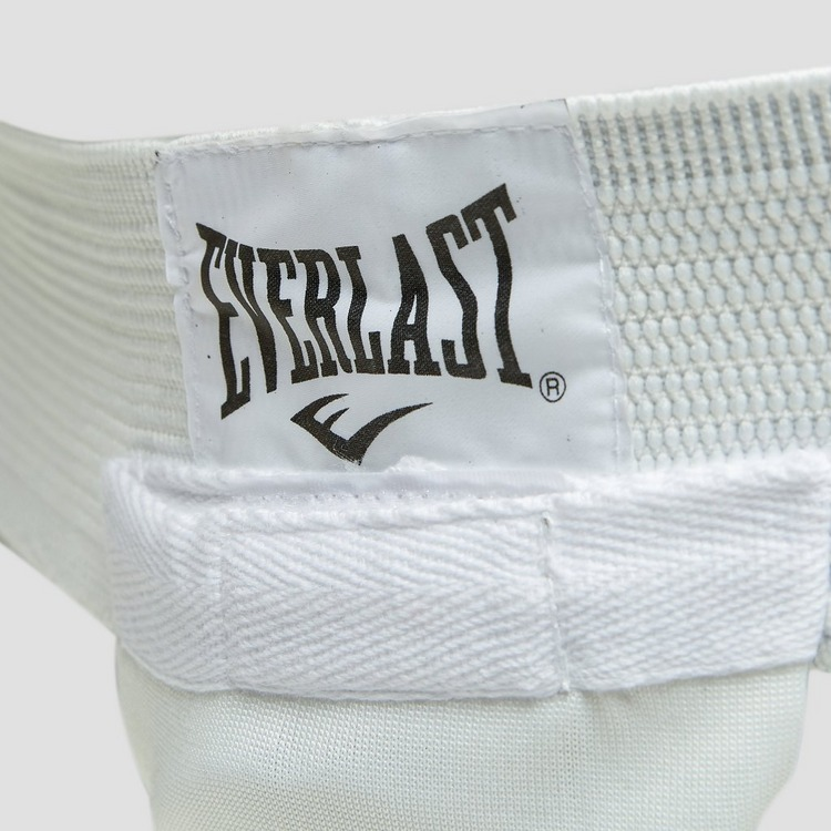 EVERLAST PROTECTIVE CUP WIT