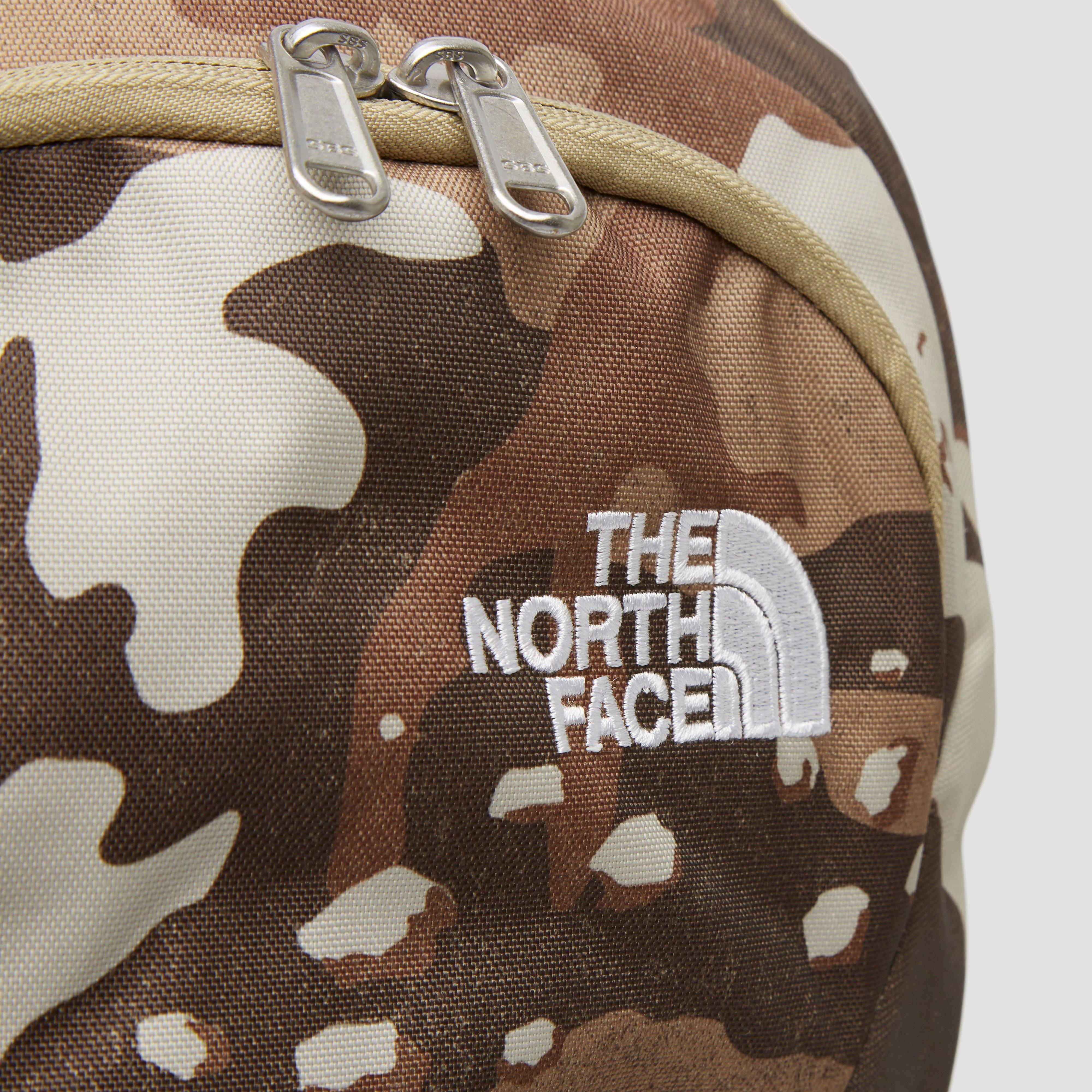 THE NORTH FACE RODEY DAYPACK 27 LITER GROEN/BRUIN