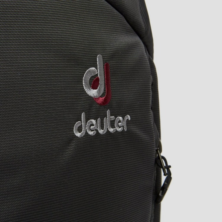 DEUTER AVIANT CARRY ON TOURPACK 28 LITER ZWART