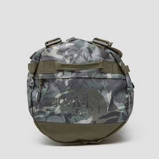 THE NORTH FACE BASE CAMP DUFFEL BACKPACK SMALL GROEN