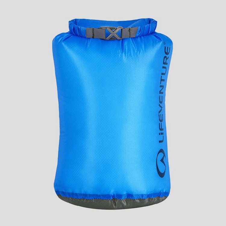 LIFEVENTURE ULTRALIGHT DRY BAG 5 LITER BLAUW
