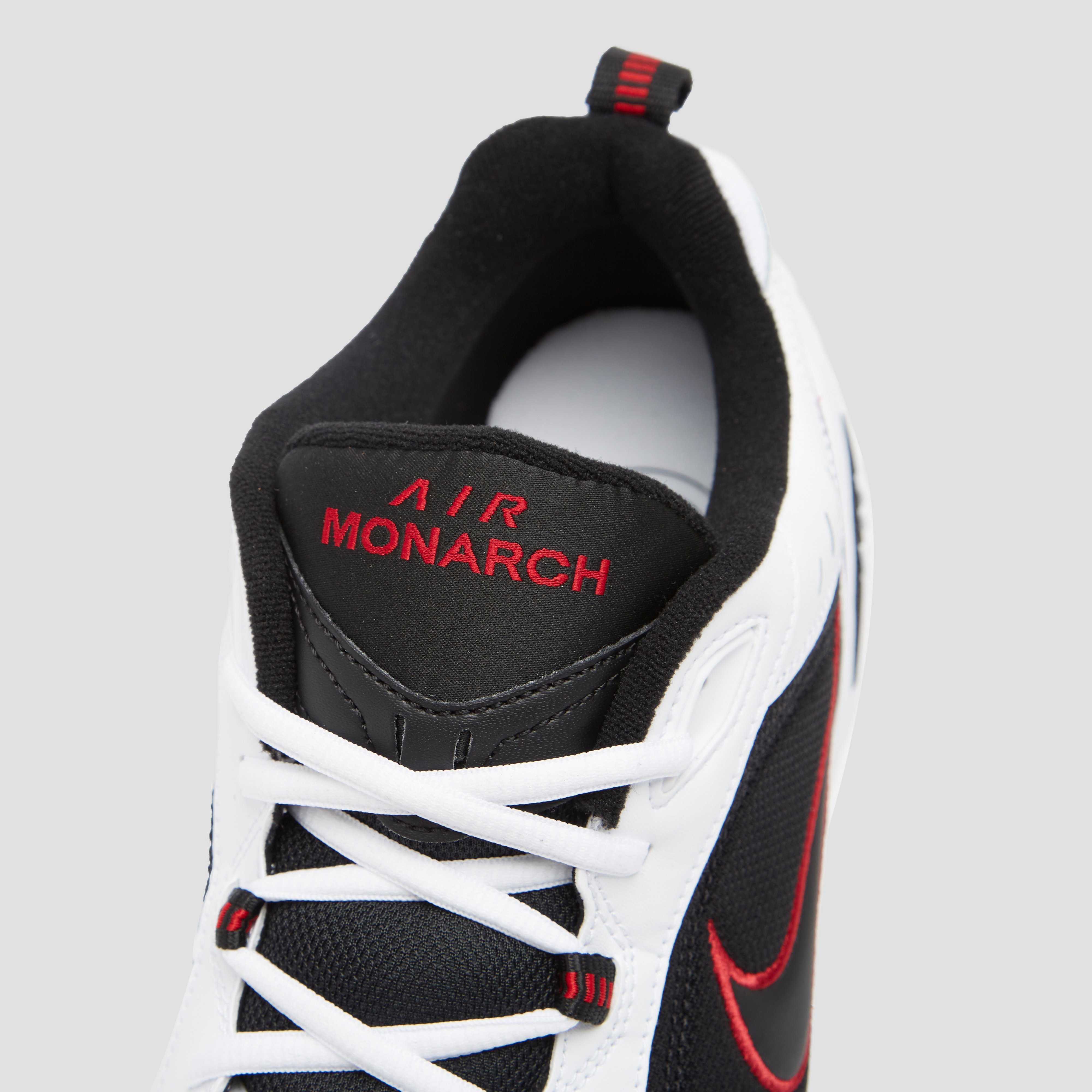 NIKE CHUNKY AIR MONARCH IV SNEAKERS ZWART/WIT HEREN