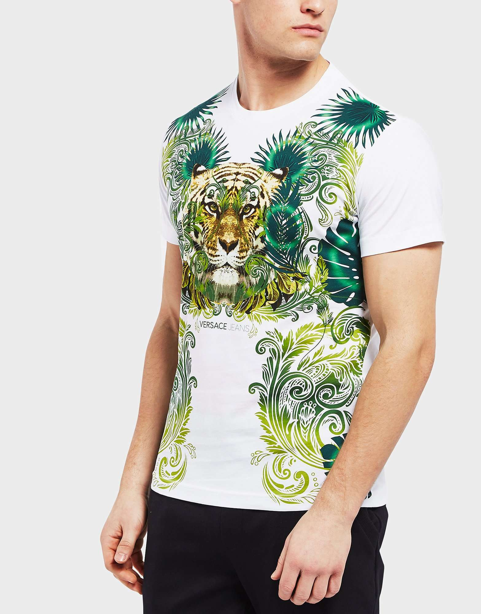eea57787 Versace Jeans T Shirt In White With Tiger Jungle Print