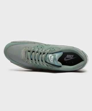 newest 7fbe4 c4565 Nike Air Max 90 Essential   scotts Menswear