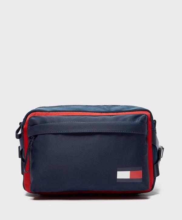 b792350fcd0 Tommy Hilfiger Utility Cross Body Bag
